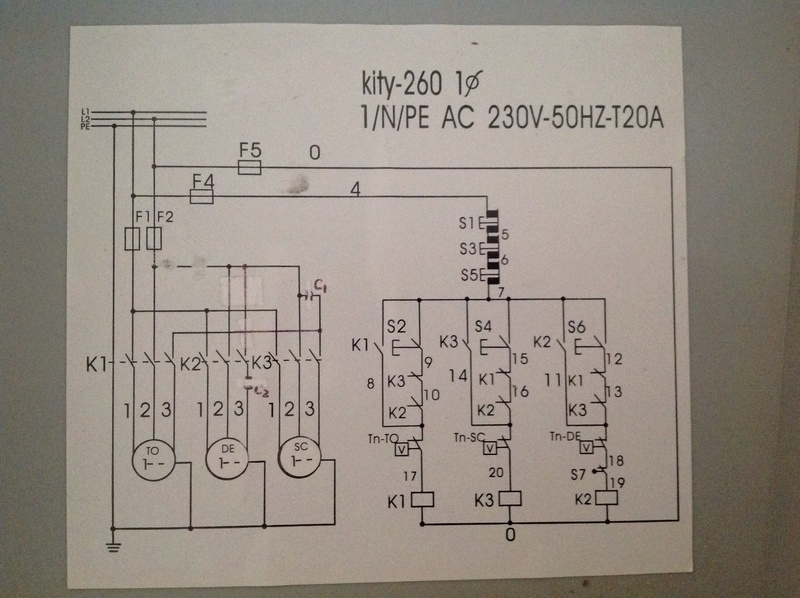 Probleme electrique, de nouveau... Image210
