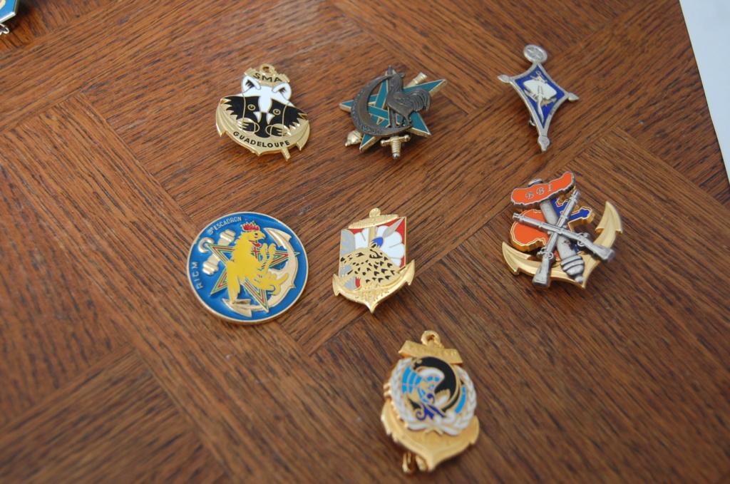 insignes pucelles, béret, bonnet de police  Dsc_1515