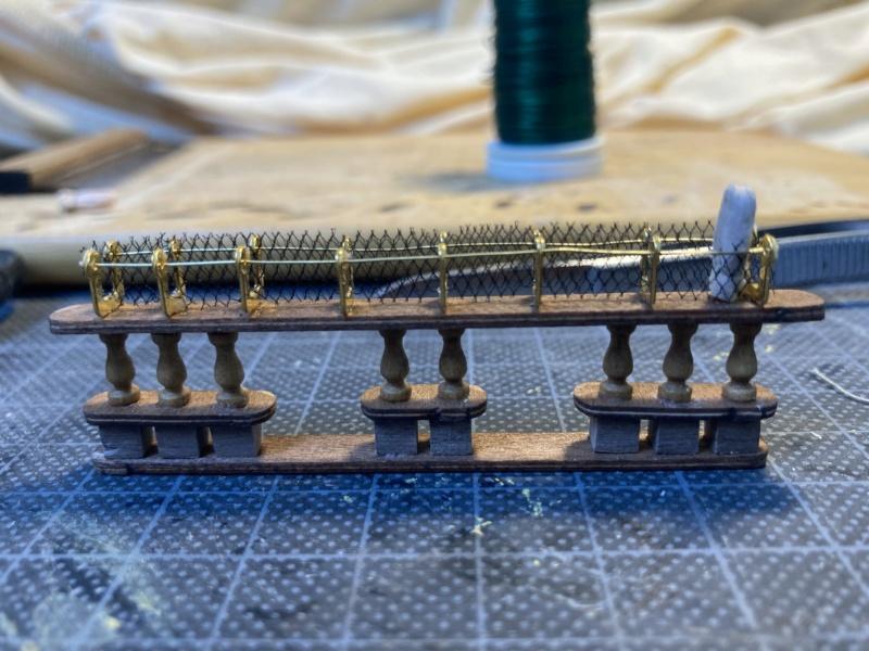 HMS Victory / Mantua, 1:98 - Seite 3 Img_2011