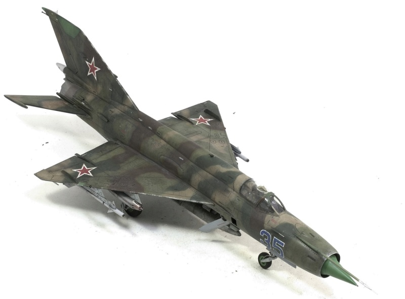 MiG-21МФ 02218 Trumpeter 1/32 1029