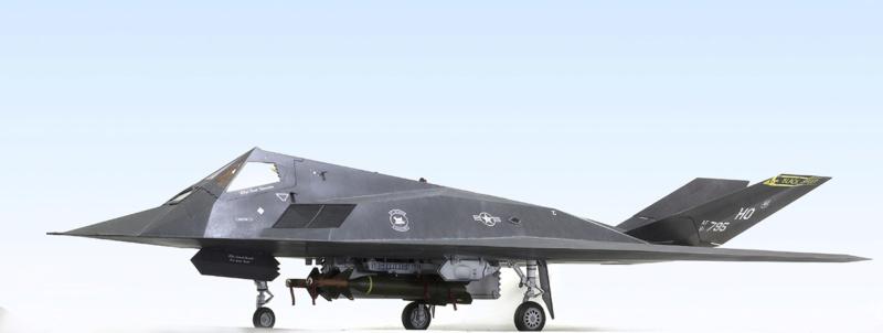 Lockheed F-117 Nighthawk. Trumpeter 1/32. 1031