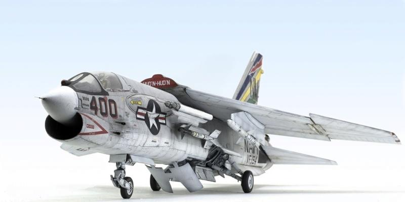F-8E CRUSADER TRUMPETER 1/32 1039