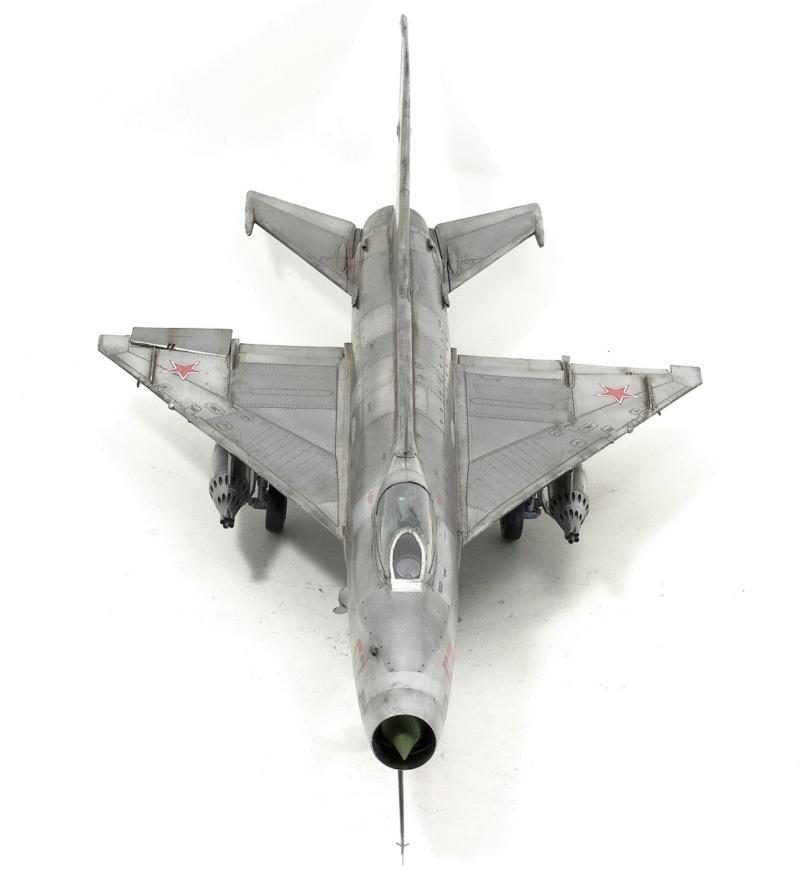МИГ-21 Ф-13. Трумпетер 1/32. - Страница 2 1112