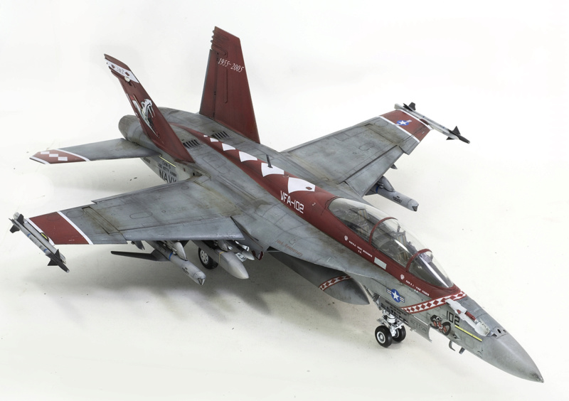Boeing  F/A-18F Super Hornet Trumpeter 1/32 03205 - Страница 2 1125