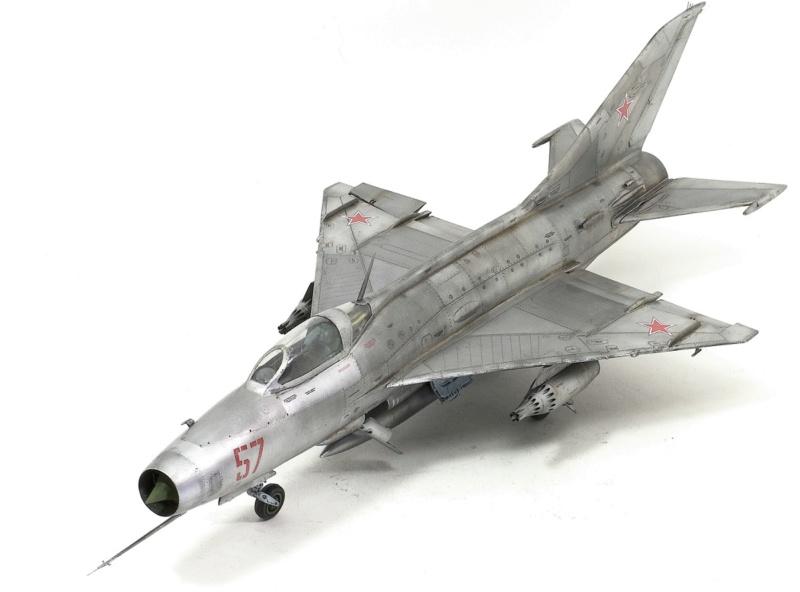 МИГ-21 Ф-13. Трумпетер 1/32. - Страница 2 1212