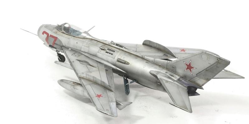 МИГ-19С. Трумпетер 1/32. 1310