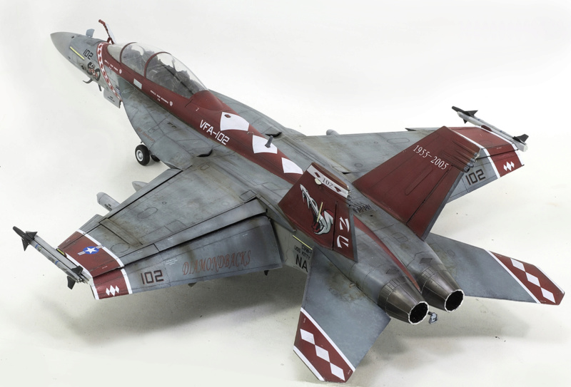 Boeing  F/A-18F Super Hornet Trumpeter 1/32 03205 - Страница 2 1325