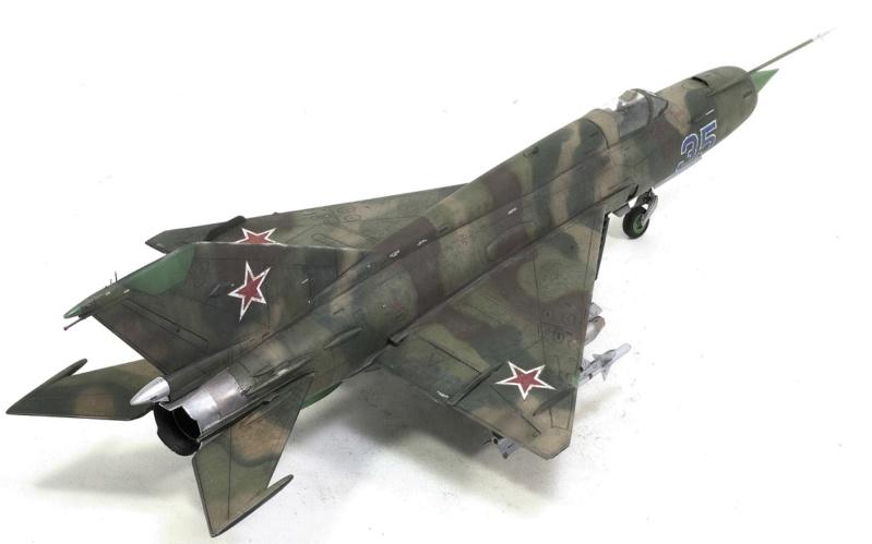 MiG-21МФ 02218 Trumpeter 1/32 1330