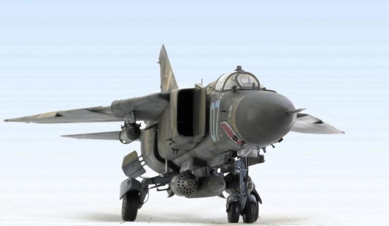 МИГ-23 МЛД Трумпетер 1/32 143