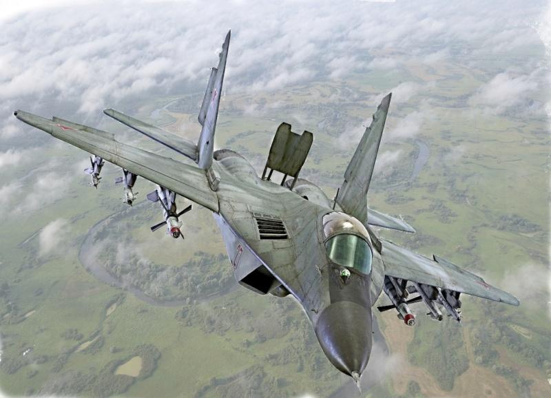 МИГ-29А. Трумпетер 1/32 15-1_h10