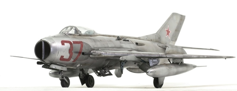 МИГ-19С. Трумпетер 1/32. 210