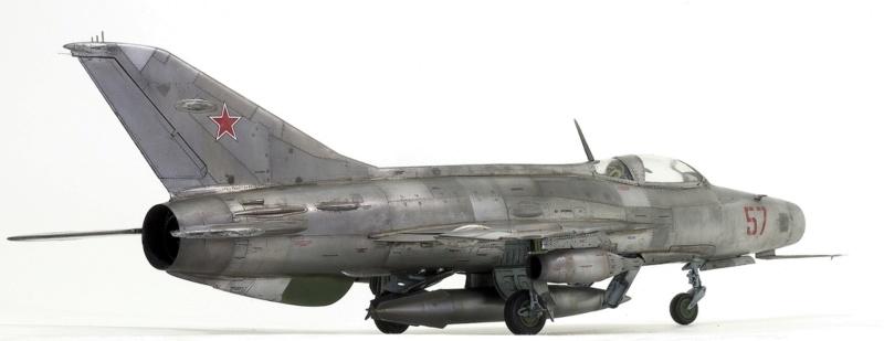 МИГ-21 Ф-13. Трумпетер 1/32. - Страница 2 413