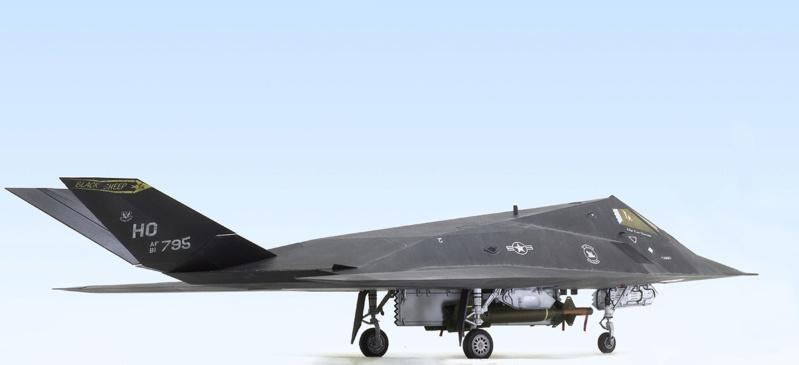 Lockheed F-117 Nighthawk. Trumpeter 1/32. 432