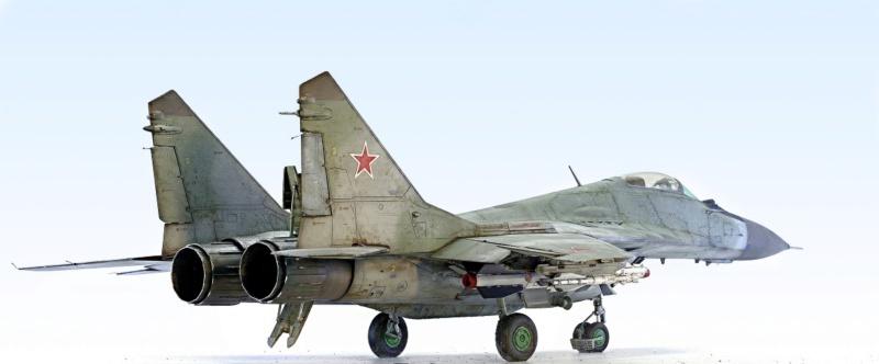 МИГ-29А. Трумпетер 1/32 4_hf12