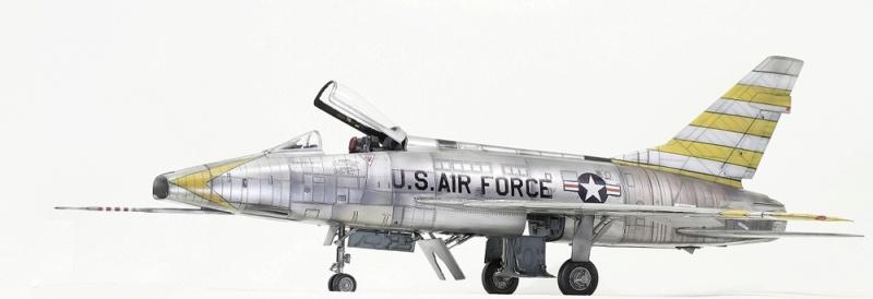 F-100D Super Sabre Trumpeter 1/32. 5-110