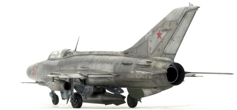 МИГ-21 Ф-13. Трумпетер 1/32. - Страница 2 513