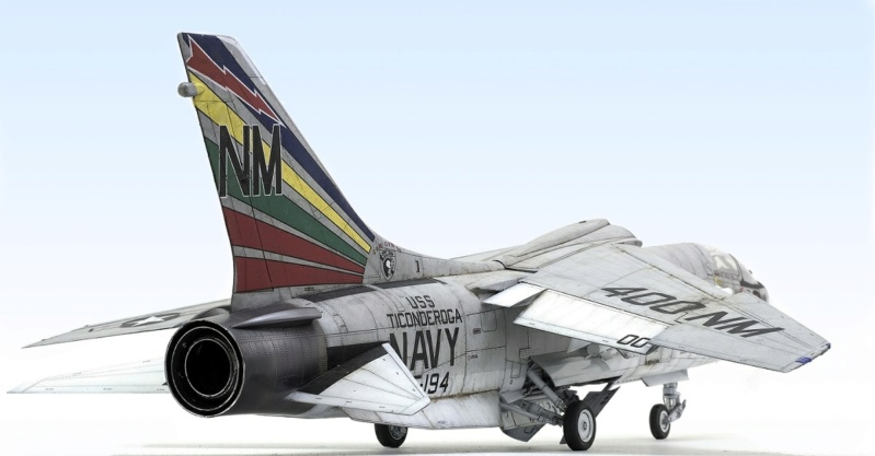 F-8E CRUSADER TRUMPETER 1/32 543