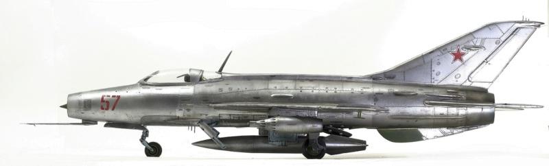 МИГ-21 Ф-13. Трумпетер 1/32. - Страница 2 612