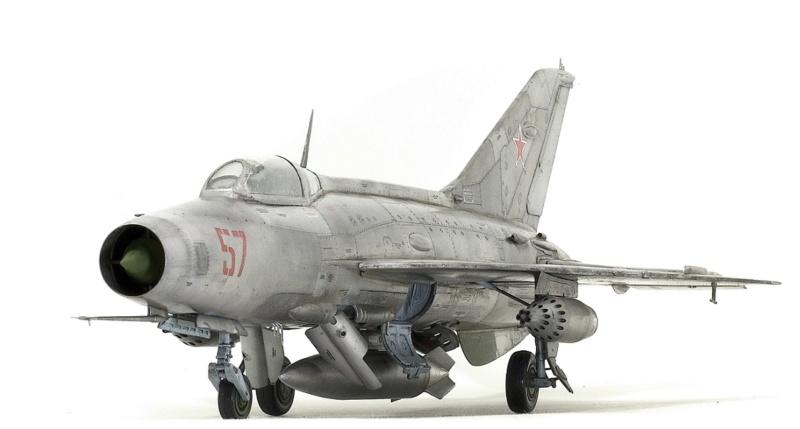 МИГ-21 Ф-13. Трумпетер 1/32. - Страница 2 813