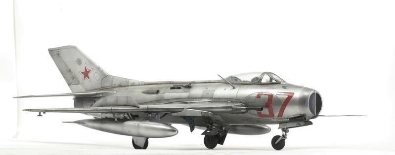 МИГ-19С. Трумпетер 1/32. 910