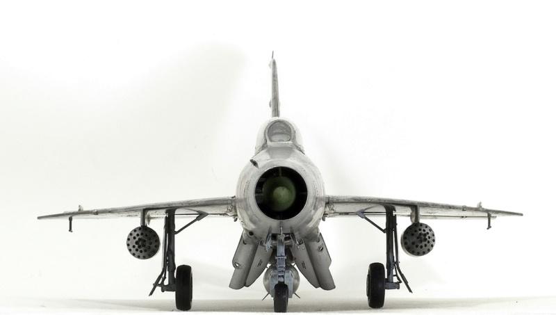 МИГ-21 Ф-13. Трумпетер 1/32. - Страница 2 913