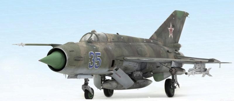 MiG-21МФ 02218 Trumpeter 1/32 931