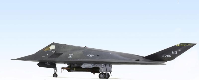 Lockheed F-117 Nighthawk. Trumpeter 1/32. 933