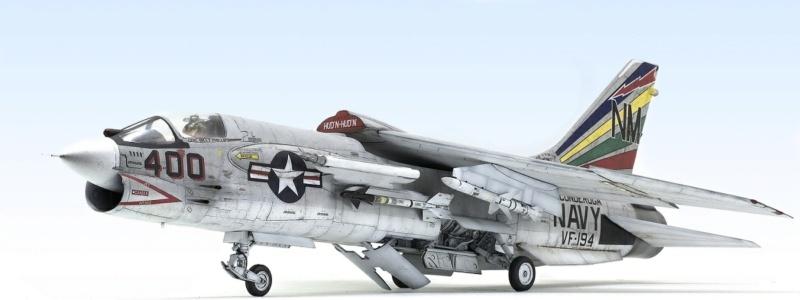 F-8E CRUSADER TRUMPETER 1/32 940