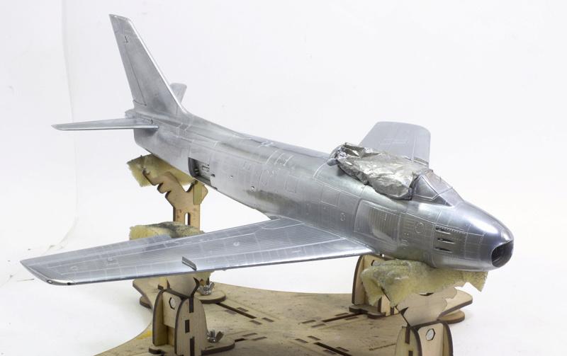 North American F-86F Sabre Jet. Italeri 1/32 Dsc_0236