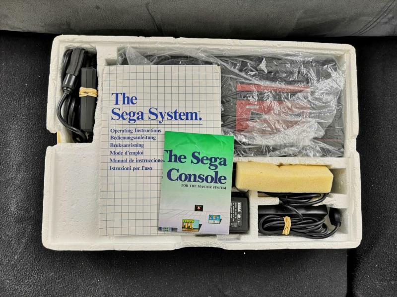 [Vendue] Master System 1 en boite complète TBE + Jeux Img_2167