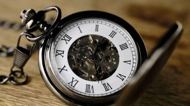 """Tiro de piedra rompecristales, desde una trinchera lejana cumpliendo un reto: """"EL RELOJ DE BOLSILLO"""" Reloj10"""