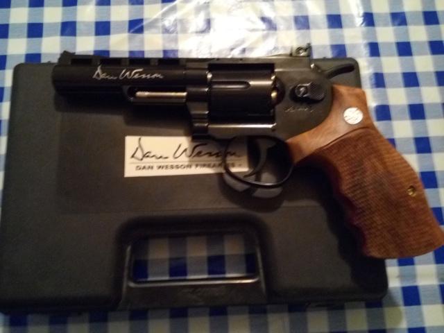Quel pistolet CO2 parmis ceux de ma recherche Img_2122