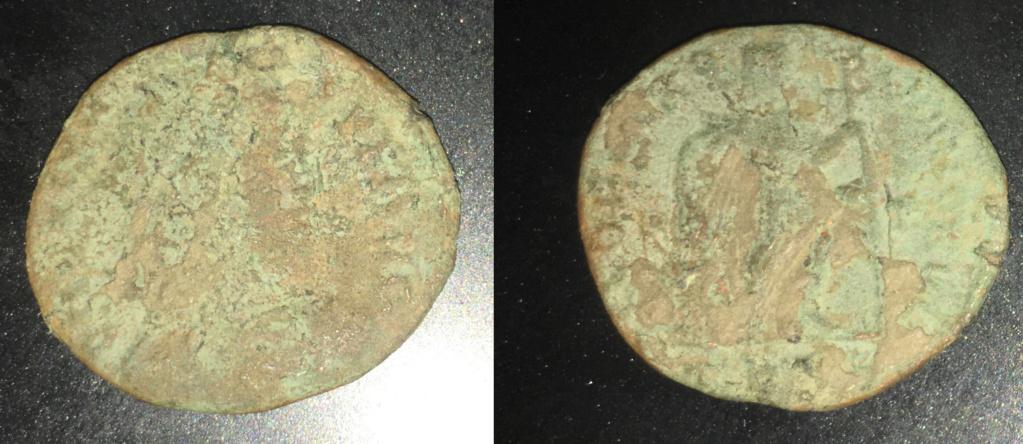 AE3 de Valente I. GLORIA ROMANORVM Romana11