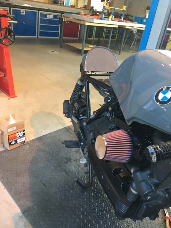 BMW K100LT ABS Cafe Racer Conversion  - Page 2 Img_2322