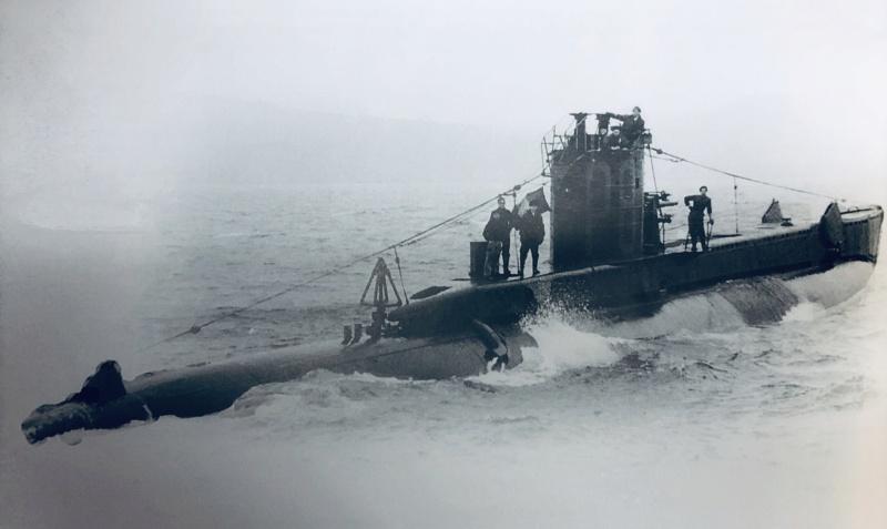 2 sous-marins FNFL le CURIE et la MORSE au 1/400 ème base Mirage + scratch 2_img_12