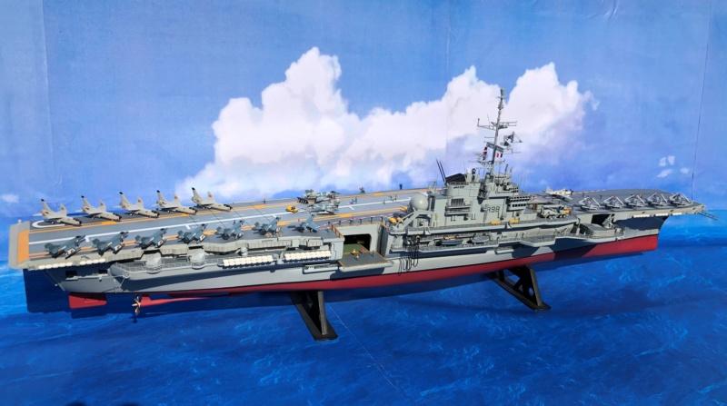 Porte-avions CLEMENCEAU - 1/400ème base Heller + scratch + PE Clemen30