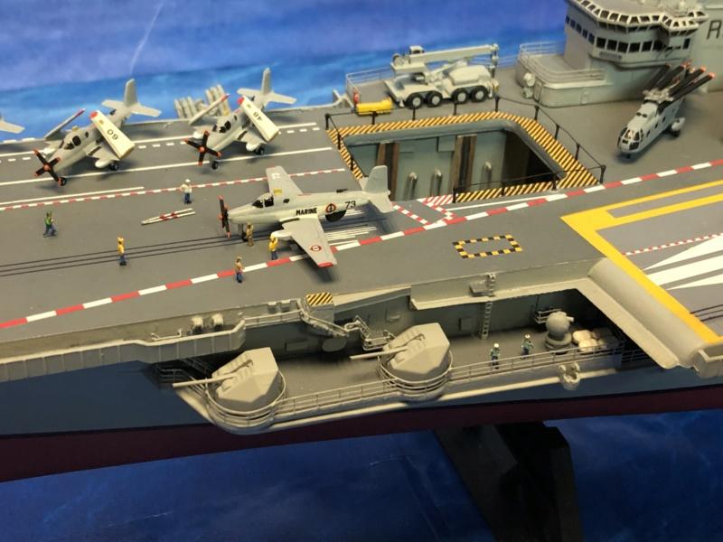 Porte-avions CLEMENCEAU - 1/400ème base Heller + scratch + PE Clemen36