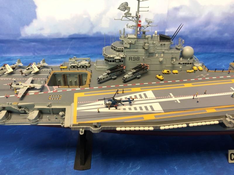 Porte-avions CLEMENCEAU - 1/400ème base Heller + scratch + PE Clemen37