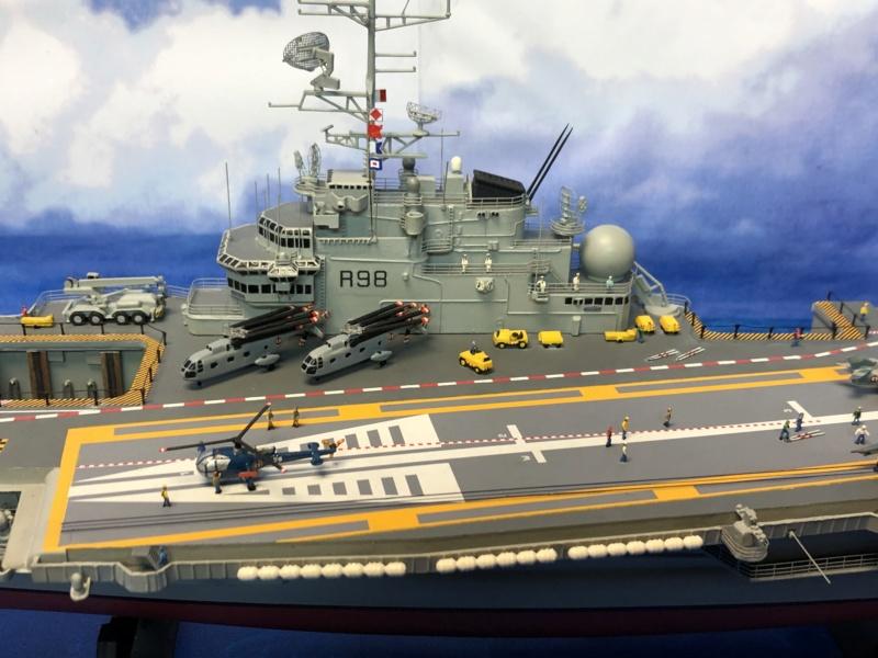 Porte-avions CLEMENCEAU - 1/400ème base Heller + scratch + PE Clemen39
