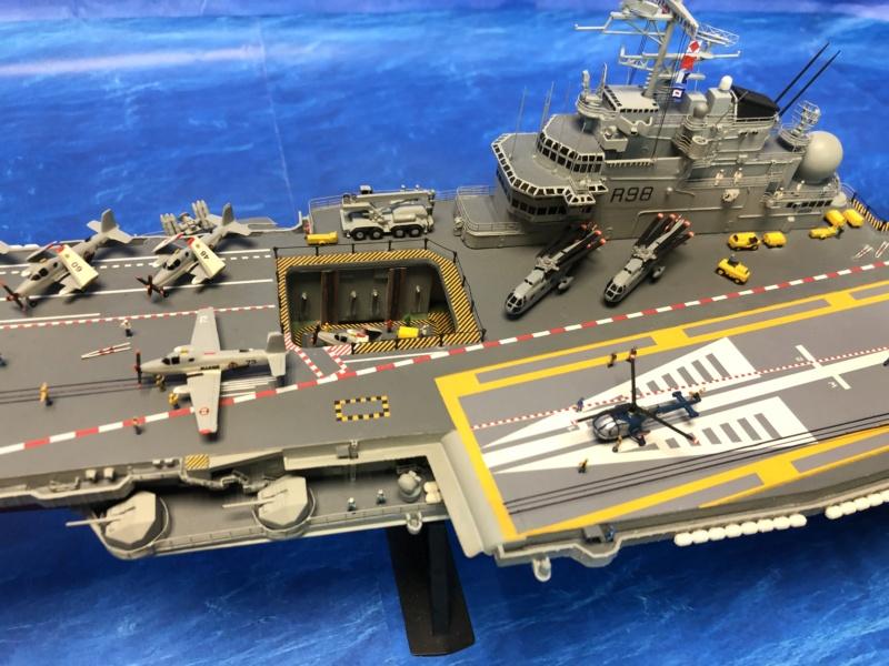 Porte-avions CLEMENCEAU - 1/400ème base Heller + scratch + PE Clemen41