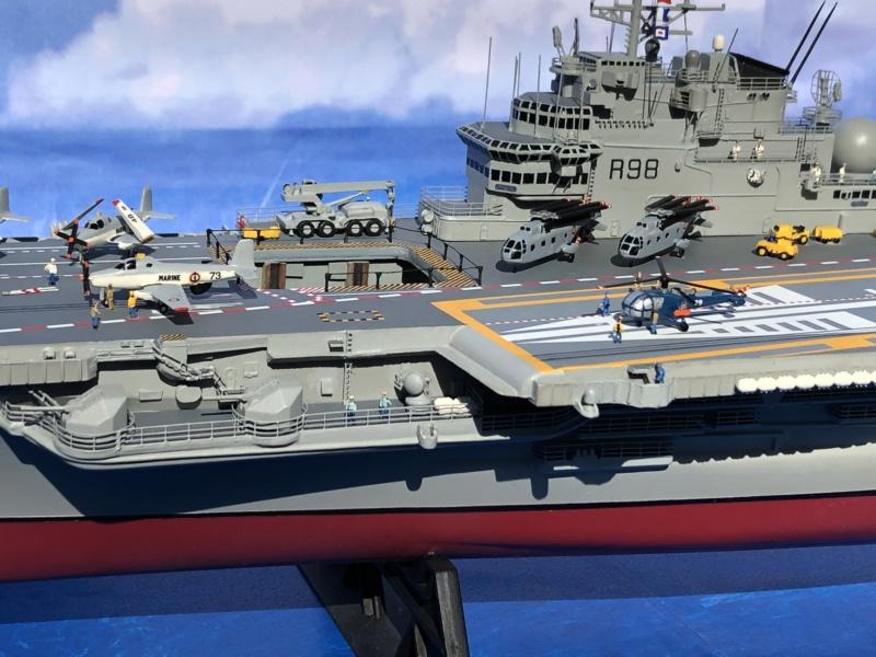 Porte-avions CLEMENCEAU - 1/400ème base Heller + scratch + PE Clemen43