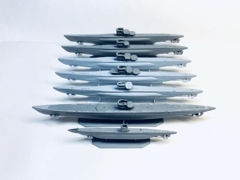 [HELLER - MIRAGE] Chantier naval / Flottille U-BOOT Réf 195, 81002, 81091 & 400203, 40411 Img_1000