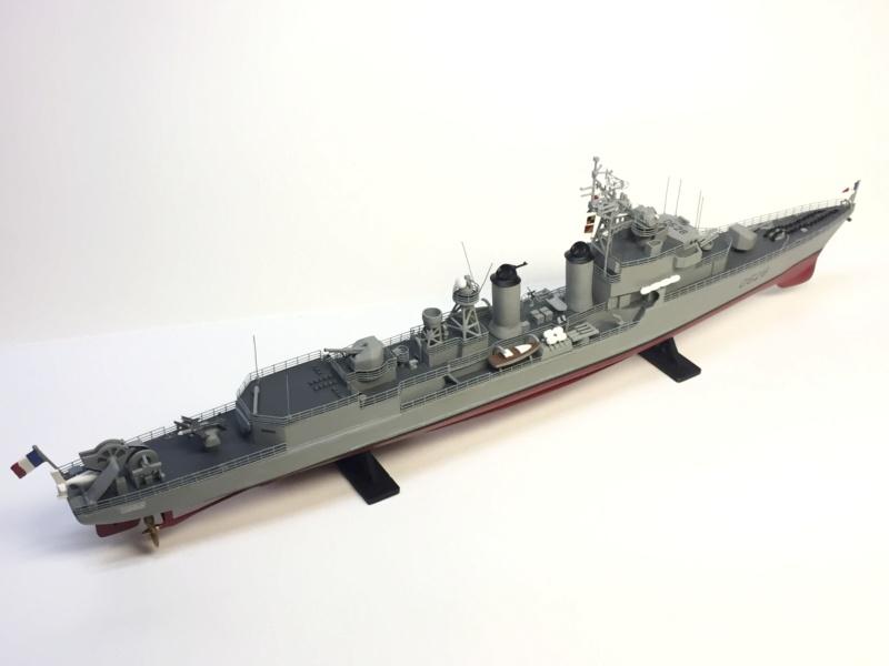 Escorteur d'Escadre VAUQUELIN 1/400 base HELLER + scratch + PE L'Arsenal Img_1037
