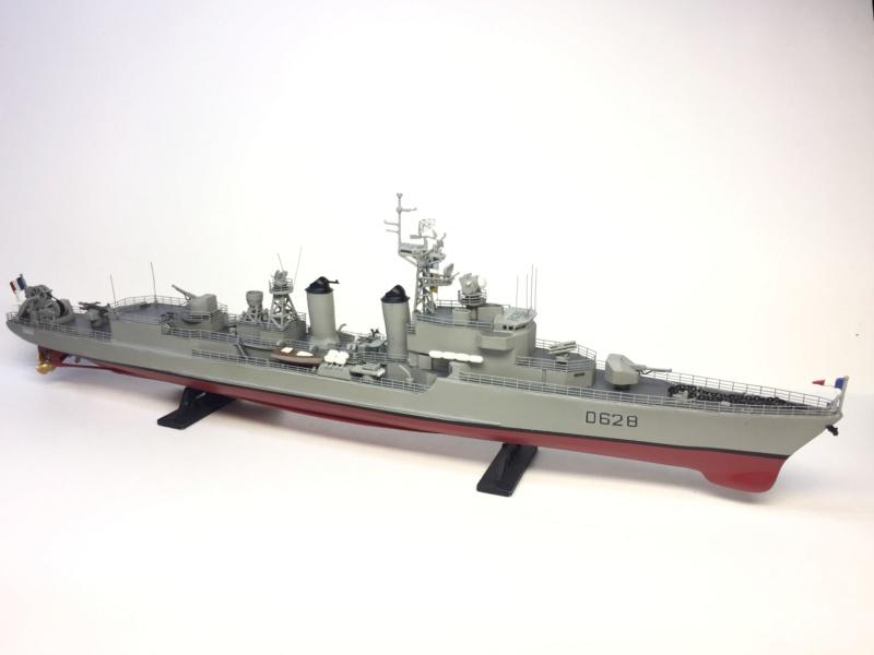 Escorteur d'Escadre VAUQUELIN 1/400 base HELLER + scratch + PE L'Arsenal Img_1039