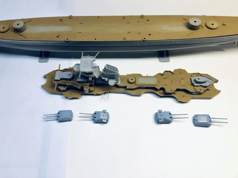 Croiseur lourd PRINZ EUGEN Réf 81083 Img_1058
