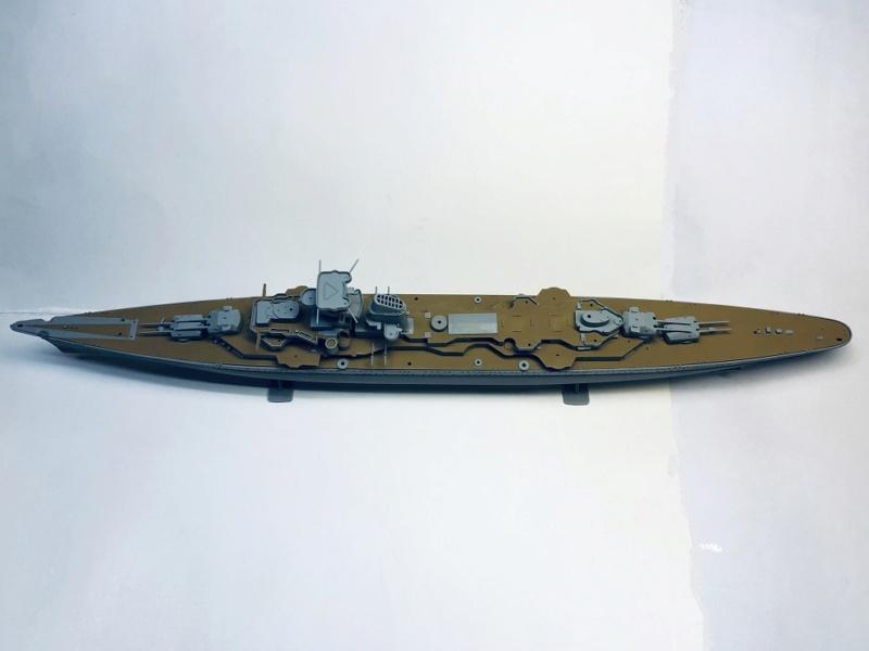 Croiseur lourd PRINZ EUGEN Réf 81083 Img_1065