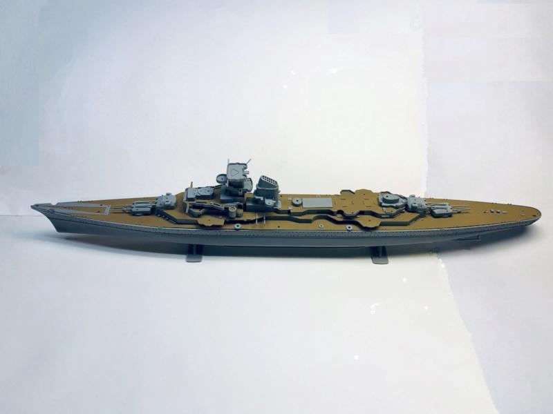 Croiseur lourd PRINZ EUGEN Réf 81083 Img_1066