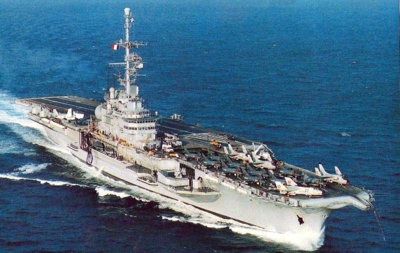 Porte-avions CLEMENCEAU 1987 mission Prométhée Img_1611