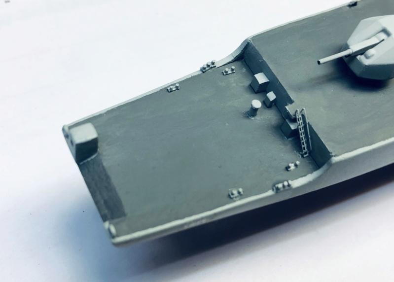 Frégate D609 ACONIT 1/400ème base HELLER + scratch - Page 2 Img_e245