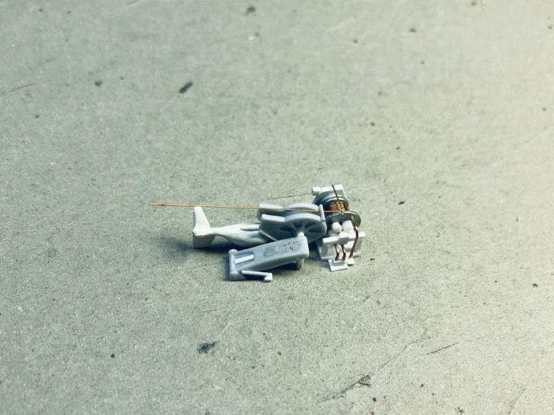 Frégate D609 ACONIT 1/400ème base HELLER + scratch - Page 2 Img_e253